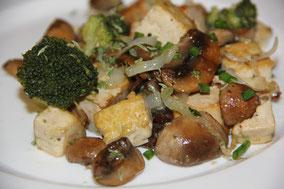 Salteado de tofu con brócoli