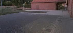 Bild 1: Pflasterfäche hinterm KUK