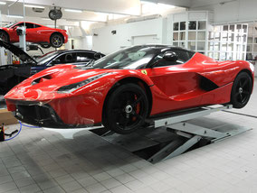 Lackschutz LaFerrari Garage Zenith Sion