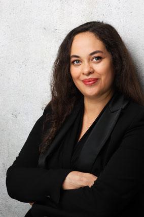 Charlotte Gottfried aka Braut Concierge | Hochzeitsplanung & Brautstyling