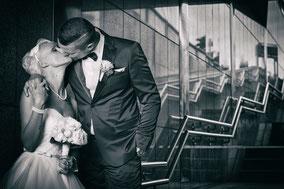 individuelles Hochzeits Fotoshooting in einer U-Bahnhaltestelle