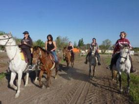 Abrivadoranch: 'enterrement de votre vie de jeune fille à l'Abrivado Ranch, au Grau du Roi, avec une balade à cheval 1 heure Terres de Camargue ou 2 heures Plage et dunes,
