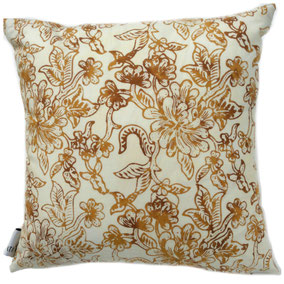 Textiil Gold  Block Batik Pillow