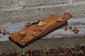 Edles Küchenbrett aus recyceltem Altholz und Blattgold, Einzigartiges Küchenbrett aus recyceltem Eichen-Fachwerkbalken und Blattgold, Servierbrett aus Holz, Servierbretter aus Holz