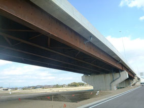鋼橋の写真