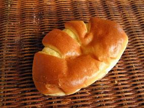 金沢文庫 パン屋 ブレーメン クリームパン