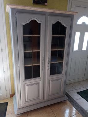 relooking et restauration de meuble le mans sarthe buffet vitrine gris blanc patine bois naturel camaelle