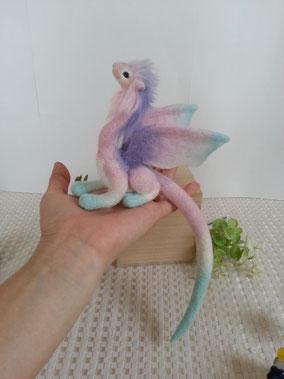 羊毛フェルト フェアリードラゴン 紫陽花