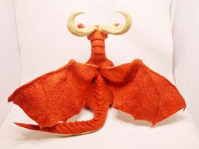 ドラゴン、家を買う 羊毛フェルト レティ ドラ家 ひつじのはね