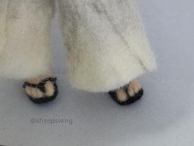 羊毛フェルト 小狐丸 とうらぶ 人形 指