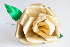 rosa-gigante-flor-papel