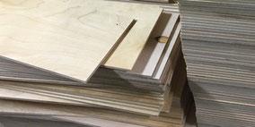Sperrholz-Zuschnitte