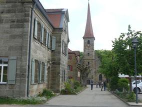 St. Egidienkirche mit Schulhaus