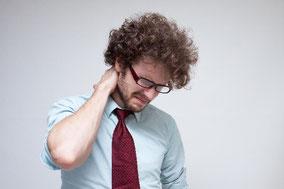 指・首・肩、バキボキ鳴らしてしまう方。それ、けっこう危険です。 (H28.2.10)
