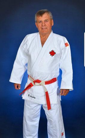 Yves Landry, shichidan, juge de passage de grades,  juge de kata international, PNCE 3, membre du temple de la renommée du judo Québec.
