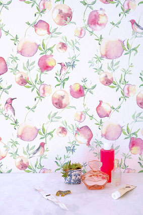 Wallpaper with aquarell art pomegranates and birds. Fresh and lovely ideas for bathrooms and kitchens by MADEMOISELLE CAMILLE