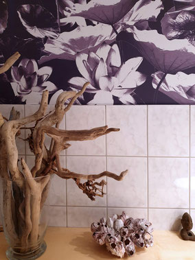 MADEMOISELLE CAMILLE, wallpaper for bathrooms, waterlilies, botanical wallpaper, custommade design