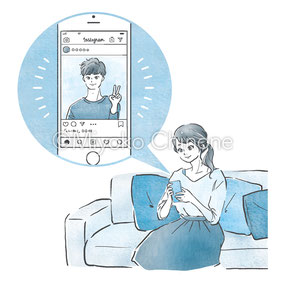 SNSを見ている女性のイラスト