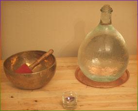 bol tibétain eau avec cristal de roche