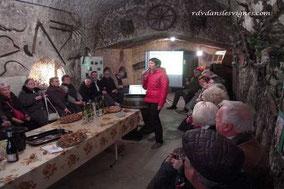 prestations-oenologiques-degustations-caves-professionnels-vin-tourisme-Vouvray-Touraine-Tours-Vallée-Loire-Rendez-Vous-dans-les-Vignes-Myriam-Fouasse-Robert
