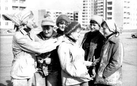 бригада А.Поповой (вторая справа)