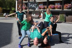 Erste Tanzgruppe MuuCamp 2014