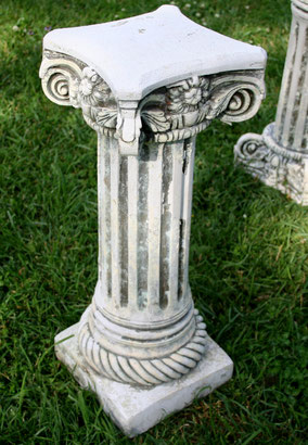 Pair of grey and white plaster columns