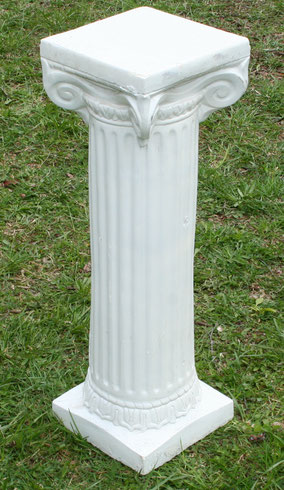 Pair of white plaster columns