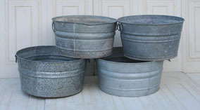 Large round galvanized tub