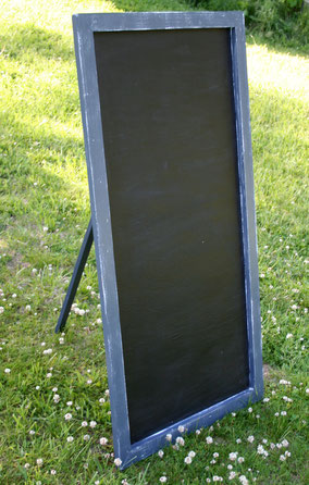 Stand alone chalkboard