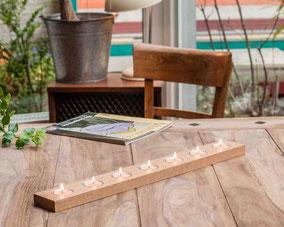 Teelichthalter aus Holz mit 7 Einsätzen - 34,00 Euro