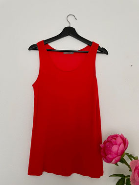 TOP Red, Size M, CHF 30