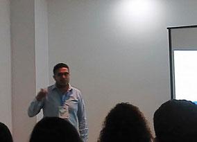 Norberto Sánchez.  Análisis y diseño de herramientas computacionales en línea para la exploración del espacio quimiogenómico.