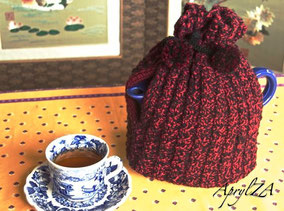 Item 0183: Lumberjack Tea Cosy for medium-sized (2 pint) pot 20€