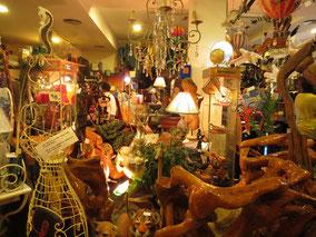 EL Laberinto 2, objetos de decoración, muebles, lámparas