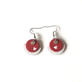 BOs Demi lune coeur R&B.  Dim. des pendents : 2cm. Réf : CUIR1901#2.  Prix : 13€