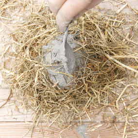 Hay reinforced concrete Easter nest by PASiNGA tutorials