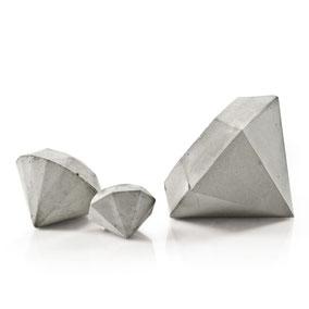 Concrete Diamond Sculpture Set of 3 by PASiNGA