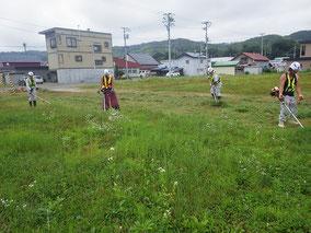 駐車場草刈ボランティア