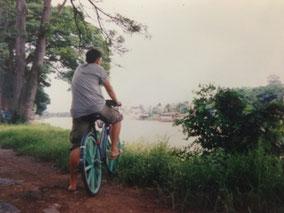 アユタヤは川に囲まれた小さな町  チャリで1周した