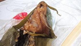 もうすぐ 端午节。 もう、ちまき食べた。 嘉兴のちまき。 【粽子zòngzi】ちまき。 【端午节duānwǔjié】端午の節句(旧暦5月5日)。