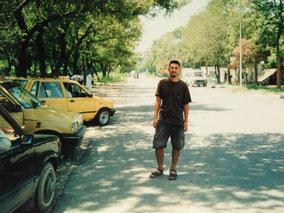中国大使館の前 イスラマバード