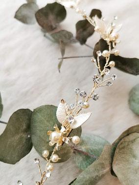 Haarschmuck für die Braut, Haarband  in gold mit Perlen und Strasssteien