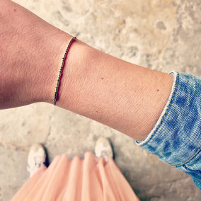 Schmuck für Frauen: Armbänder, Armkettchen, personalisierbarer Schmuck mit Morsebuchstaben, Morsezeichen-Schmuck, Schmuck mit Botschaft. Mit Liebe handgemacht in Mainz vom kleinen Schmuck-Label Majuki