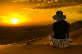 Sonnenuntergang in marokkanischen Wüste