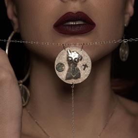 bijoux-createur-d'art-arty-femme-collier-colliers-ras-de-cou-sautoir-argent-titane