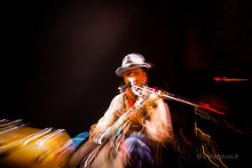 concert, musique, live, cw ayon, blues, terri'thouars blues, lumière, vitesse lente, scène, rachel jabot ferreiro