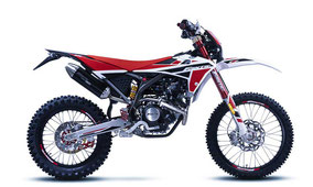 Fantic enduro XEF 125 Competition mit Weiß-Rot-Schwarz Farben