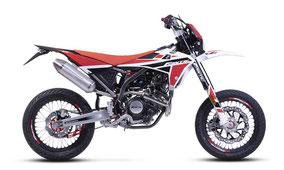 Fantic XMF 125 Performance mit Weiß-Rot-Schwarz Farben