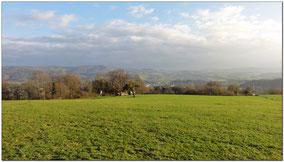 Immer wieder grandiose Blicke ins Tal